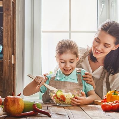 Qual a importância e como estimular a alimentação saudável na infância?