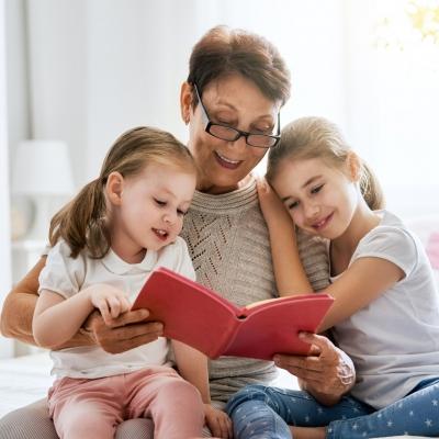 Papel dos avós: como cultivar uma relação saudável entre eles e os netos?