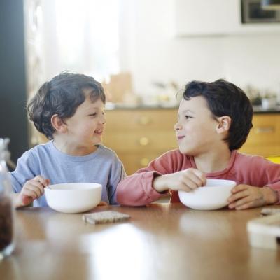 Autoestima infantil: 7 dicas para ajudar seus filhos a desenvolvê-la